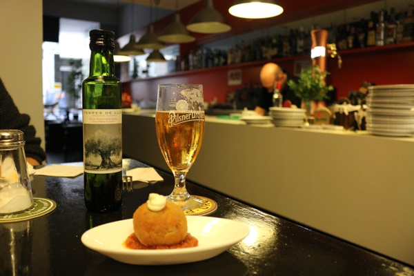 Barcelona-Gracia-Food-Toor-Devour-Neighbour-Food-Tour17