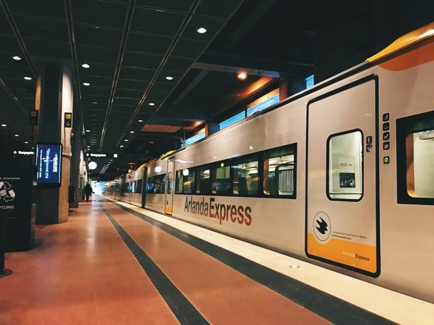 Stockholm-Ulasim-Havaalanı-Arlanda-Express